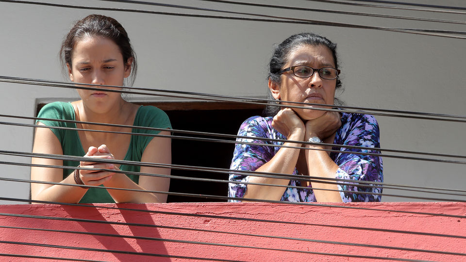 Une seconde mère : Photo Camila Márdila, Regina Casé