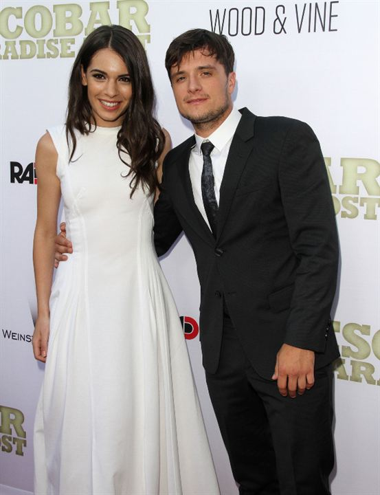 Paradise Lost : Photo promotionnelle Claudia Traisac, Josh Hutcherson