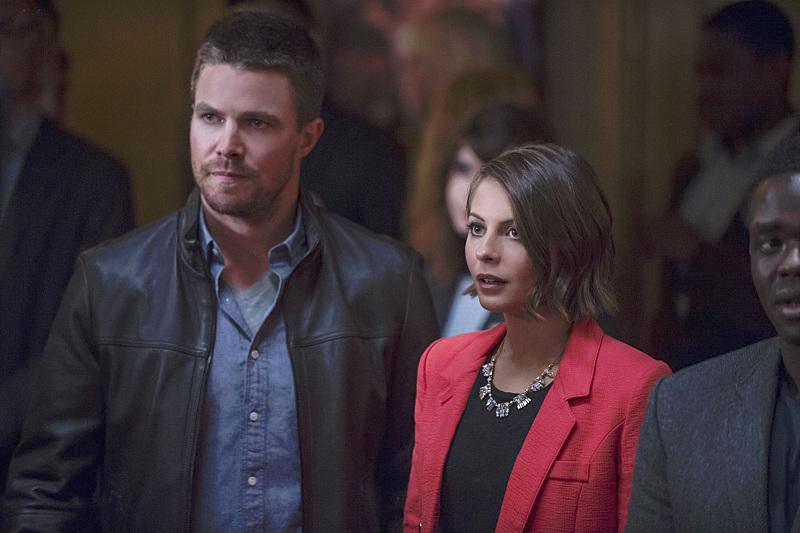 Affiche Stephen Amell, Willa Holland