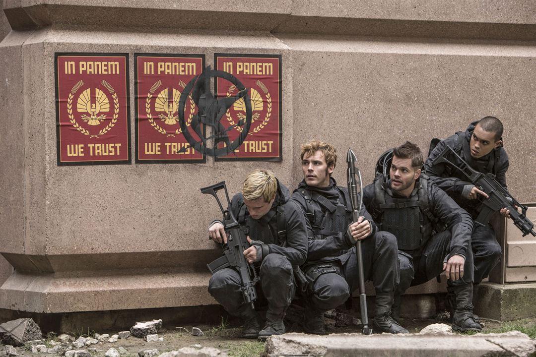 Hunger Games - La Révolte : Partie 2 : Photo Evan Ross, Josh Hutcherson, Sam Claflin, Wes Chatham