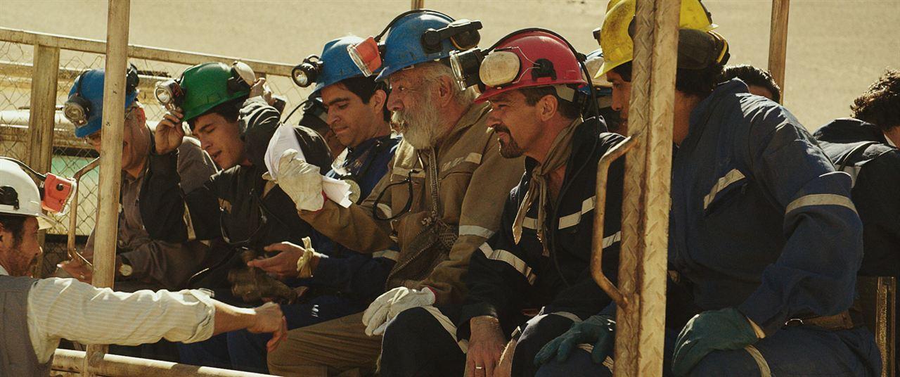 The 33 : Photo Antonio Banderas, Lou Diamond Phillips, Mario Casas