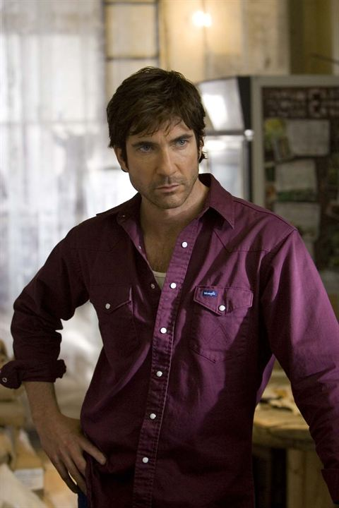 Les Messagers : Photo Dylan McDermott