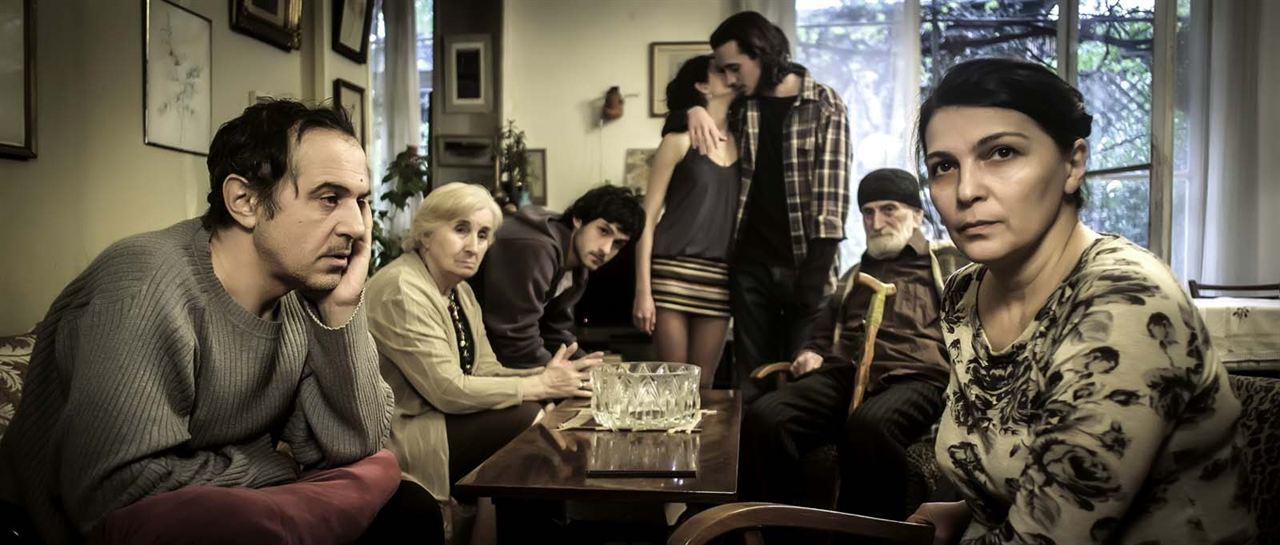 Une Famille heureuse : Photo Ia Shugliashvili, Merab Ninidze