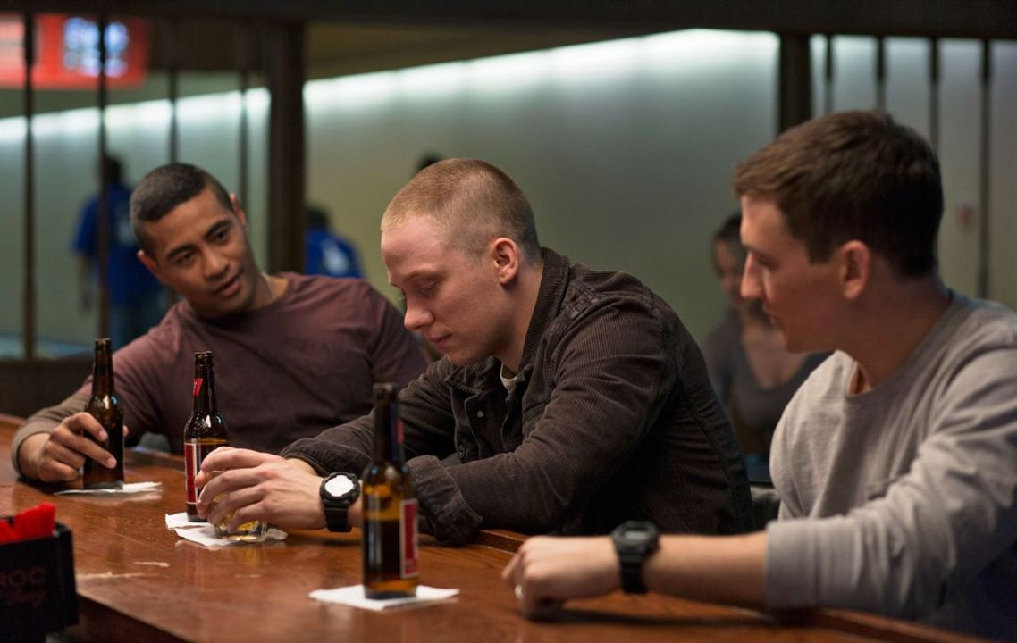 Thank You For Your Service : Photo Beulah Koale, Joe Cole, Miles Teller