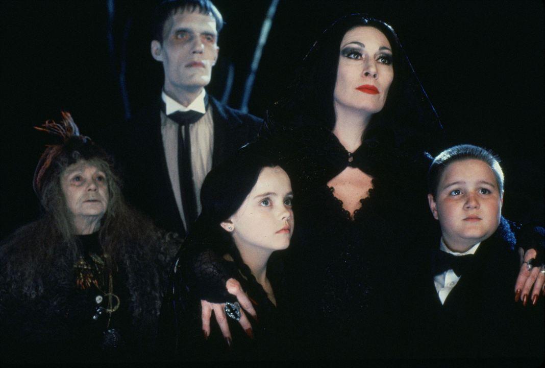La Famille Addams : Photo Anjelica Huston, Carel Struycken, Christina Ricci, Jimmy Workman, Judith Malina
