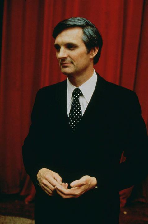La Vie privée d'un sénateur : Photo Alan Alda