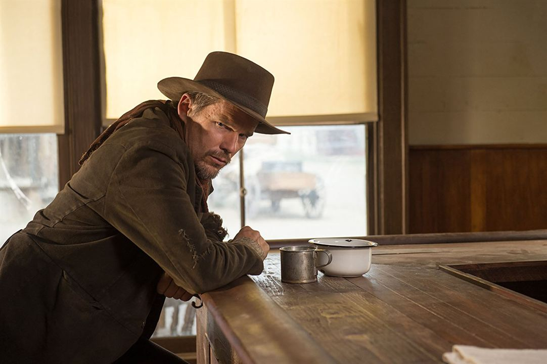 In A Valley Of Violence : Photo Ethan Hawke