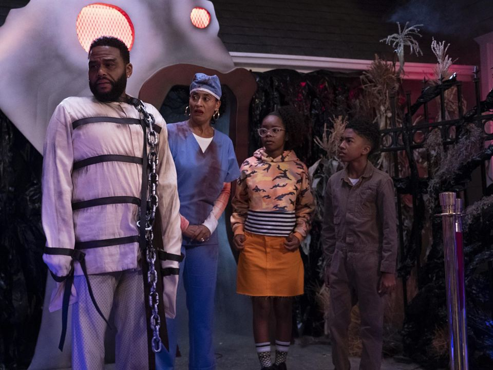Photo Anthony Anderson, Marsai Martin, Miles Brown, Tracee Ellis Ross