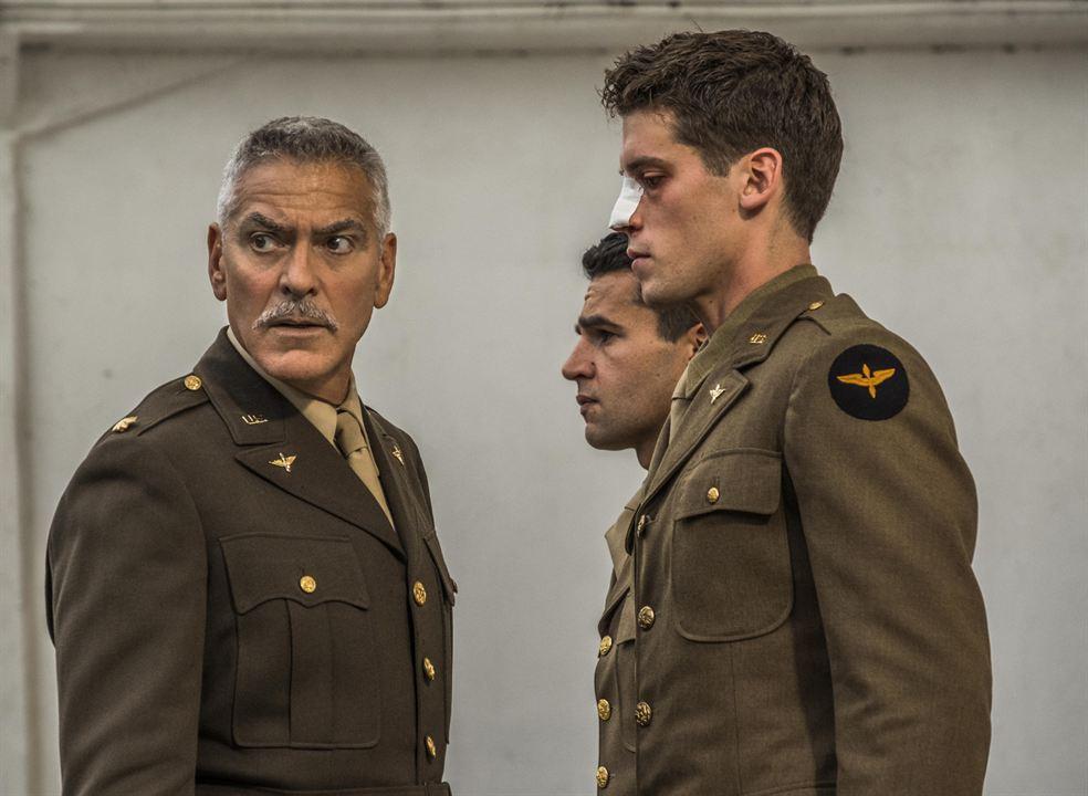 Photo Christopher Abbott, George Clooney, Pico Alexander
