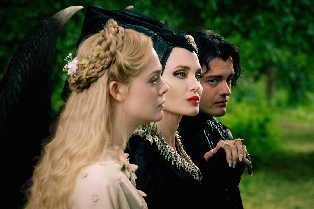 Maléfique : Le Pouvoir du Mal : Photo Angelina Jolie, Elle Fanning, Sam Riley
