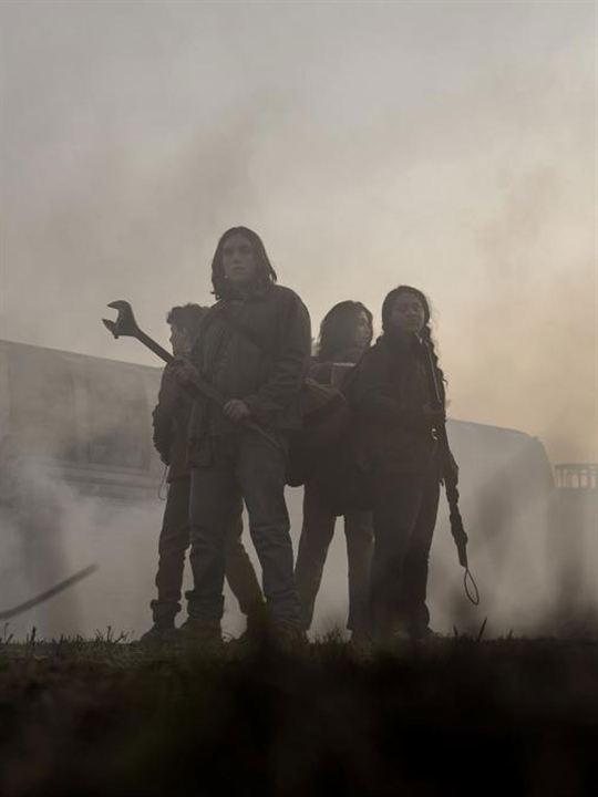 The Walking Dead: World Beyond : Affiche