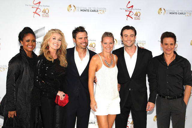 Photo Christian LeBlanc, Daniel Goddard, Joshua Morrow, Melody Thomas Scott, Sharon Case