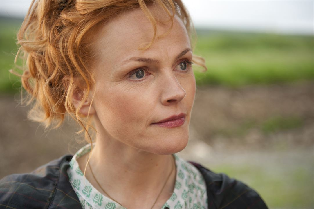 Run & Jump : Photo Maxine Peake