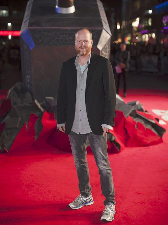 Thor : Le Monde des ténèbres : Photo promotionnelle Joss Whedon