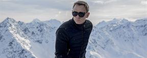 007 Spectre : la Mort rôde autour de James Bond sur l'affiche