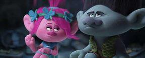 Trolls : les petites créatures hirsutes et fluos se dévoilent dans une bande-annonce haute en couleurs !
