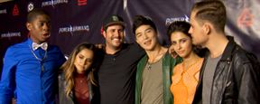 Power Rangers : rencontre avec Rangers Rose, Noir, Bleu et Jaune