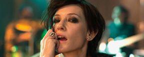 Cate Blanchett teste tous les looks possibles pour le film Manifesto