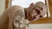 Bande-annonce Skin : Jamie Bell néo-nazi tatoué dans une histoire vraie glaçante