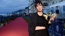 Palmarès de Cabourg 2019 : le festival romantique récompense Danny Boyle, Nora Hamzawi et Juliette Binoche...