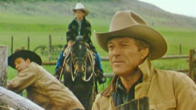 Lhomme qui murmurait à loreille des chevaux a regarder
