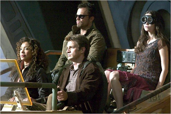 Serenity : l'ultime rébellion : photo Adam Baldwin, Gina Torres, Joss Whedon, Nathan Fillion, Summer Glau