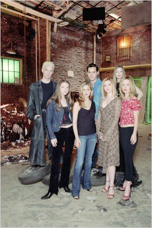 Buffy contre les vampires : Photo Alyson Hannigan, Amber Benson, Emma Caulfield, James Marsters, Michelle Trachtenberg