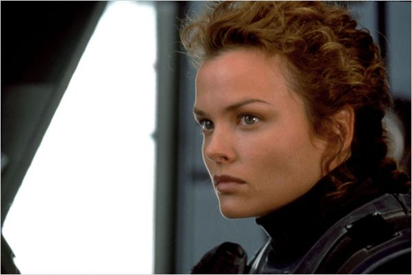 Starship Troopers : photo Dina Meyer, Paul Verhoeven