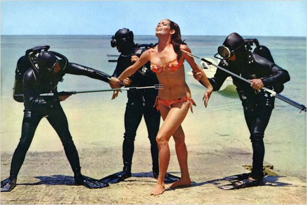 Op&#233;ration Tonnerre : photo Claudine Auger, Ian Fleming, Terence Young