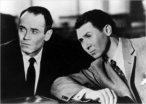 Le Faux Coupable : photo Alfred Hitchcock, Anthony Quayle, Henry Fonda