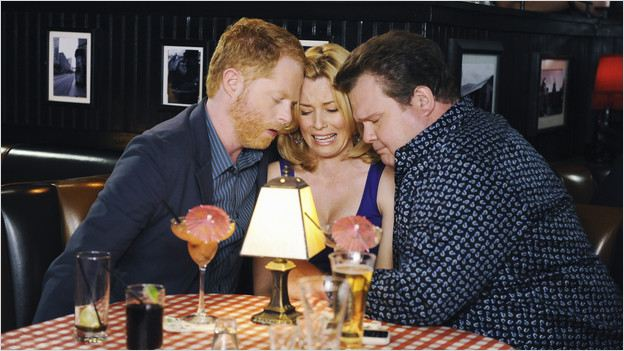 Modern Family : Photo Elizabeth Banks, Eric Stonestreet, Jesse Tyler Ferguson
