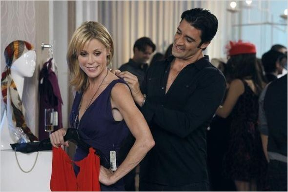 Modern Family : photo Gilles Marini, Julie Bowen