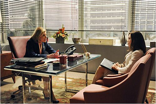 The Good Wife : photo Christine Baranski, Julianna Margulies