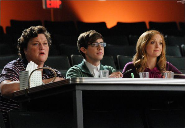 Photo Dot Jones, Jayma Mays, Kevin McHale