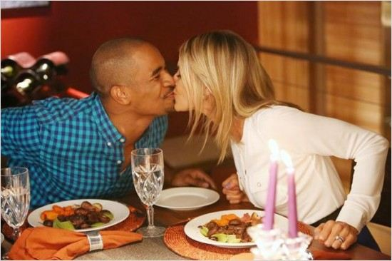 Happy Endings : photo Damon Wayans Jr., Eliza Coupe