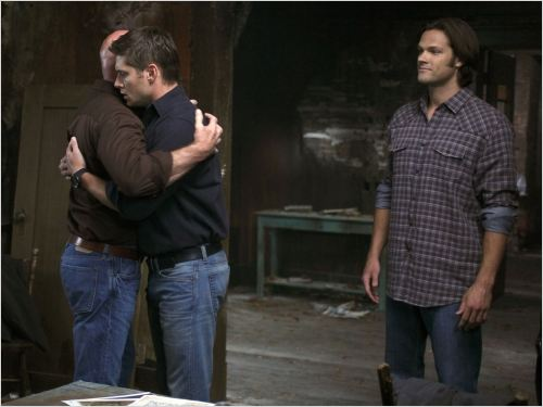 Supernatural : photo Jared Padalecki, Jensen Ackles, Mitch Pileggi