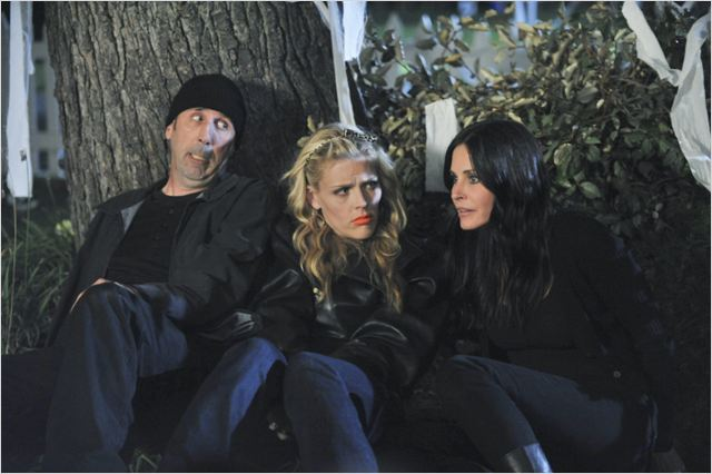 Cougar Town : photo Bob Clendenin, Busy Philipps, Courteney Cox