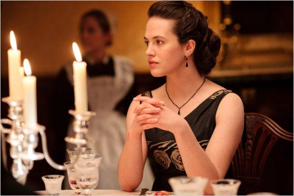 Photo Jessica Brown Findlay