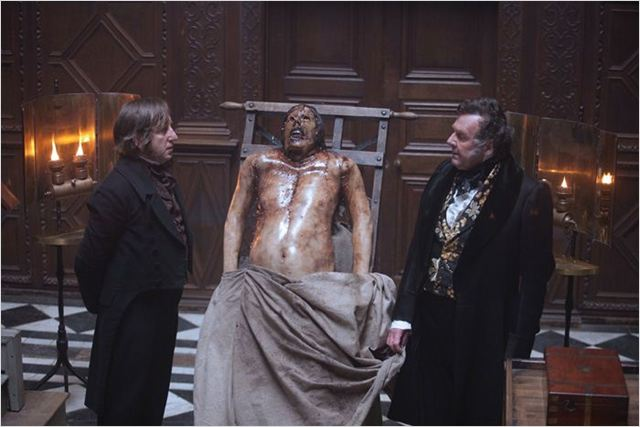 Cadavres à la Pelle : photo John Landis, Tom Wilkinson