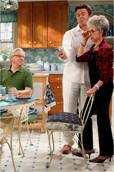 Happily Divorced : photo John Michael Higgins, Rita Moreno, Robert Walden