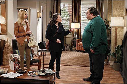 2 Broke Girls : photo Beth Behrs, Brad Grunberg, Kat Dennings
