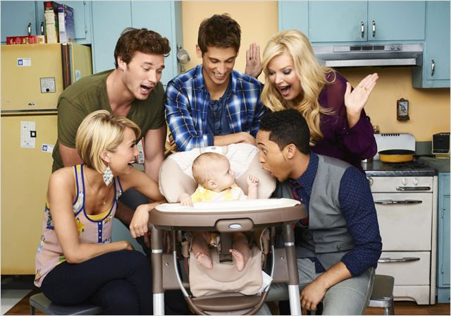 Photo Chelsea Kane, Derek Theler, Jean-Luc Bilodeau, Melissa Peterman, Tahj Mowry