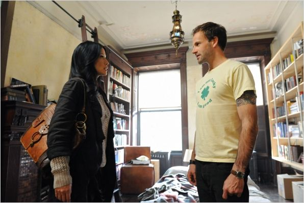 Elementary : photo Jonny Lee Miller, Lucy Liu