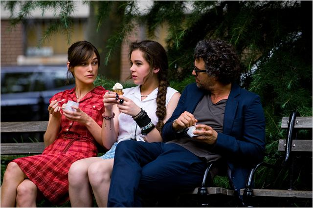 New York Melody : Photo Hailee Steinfeld, Keira Knightley, Mark Ruffalo