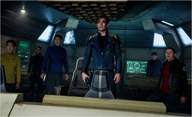 Star Trek Sans limites : Photo Anton Yelchin, Chris Pine, John Cho, Karl Urban, Simon Pegg (Source: Allociné)