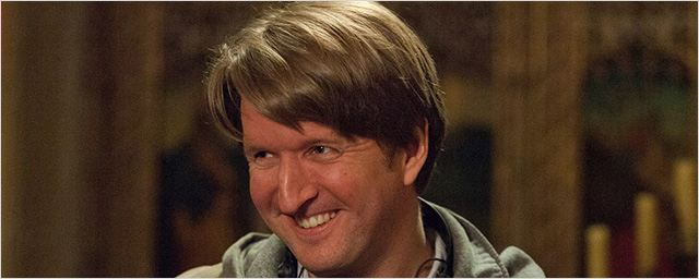 Tom Hooper à la réalisation du biopic de Freddie Mercury ?