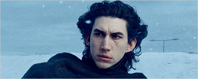 """Star Wars : Adam Driver compare l'épisode VIII à """"L'Empire contre-attaque"""""""