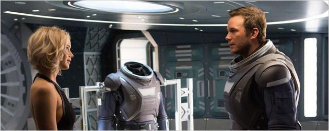 Passengers : Jennifer Lawrence et Chris Pratt s'aiment dans une bande-annonce à couper le souffle !