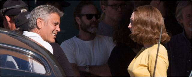 Suburbicon : George Clooney dirige une Julianne Moore lookée très années 50