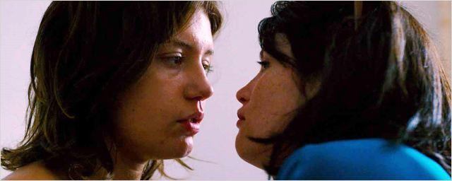 Extraits Orpheline : Adèle Exarchopoulos et Gemma Arterton mutines et sensuelles
